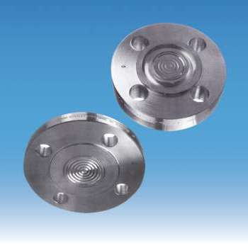Diaphragm seals with flange connection